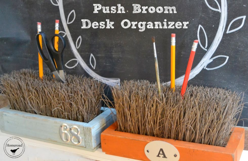 54fe91b6012a8-push-broom-desk-organizer-de